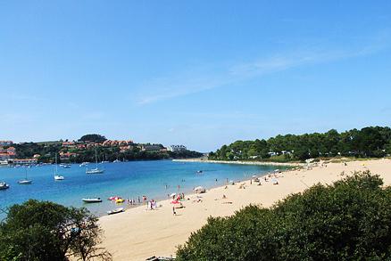 Playa El Rosal o Tostadero en San Vicente de la Barquera